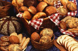 Bäckerei Backworld in Oelde - Selbstbedienung mit täglich frischen Brötchen und süßes sowie salziges Gebäck.
